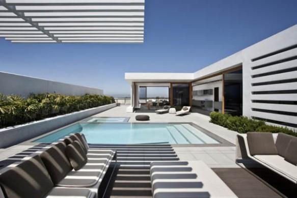 Modern-Architecture-Harborview-Hills-by-Laidlaw-Schultz-Architects-32445